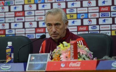 HLV Bert van Marwijk nói điều bất ngờ về ĐT Việt Nam
